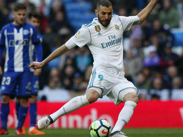Benzema vượt qua Ronaldo về số bàn thắng ở giải quốc nội