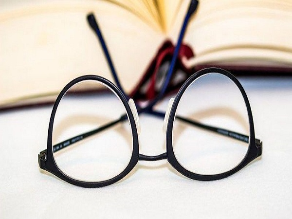 Mơ thấy cái kính điềm gì?