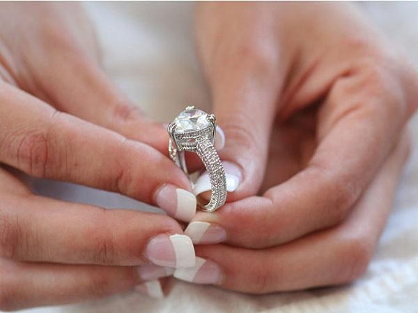 Mơ thấy cái nhẫn điềm gì?