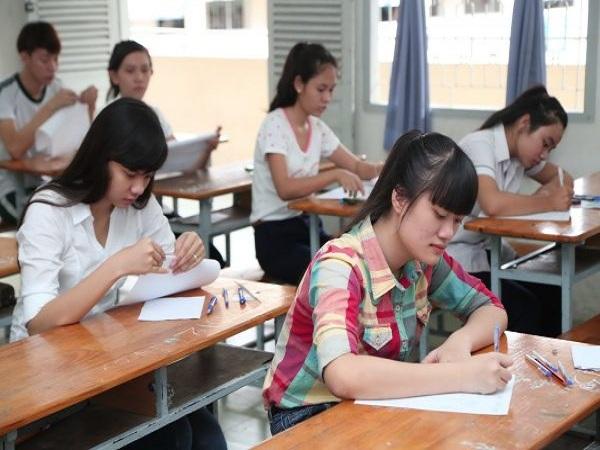Mơ thấy đi thi có điềm báo gì? Đánh con số nào trúng?